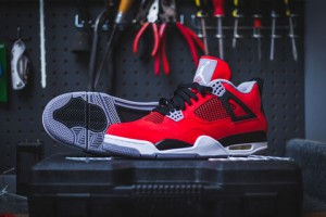 air-jordan-4-retro-fire-red-cement-grey-toro-bravo-1